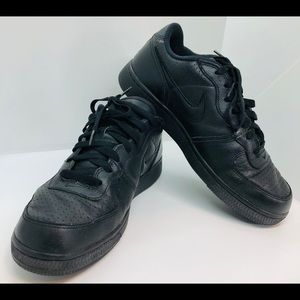 Men's Nike zoom air all black size 8.5